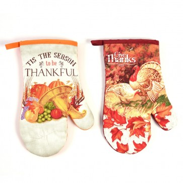 Thanksgiving Traditions Oven Mitts by FLOMO