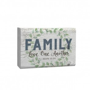 P. Graham Dunn Barnhouse Block Plaque 'Family Love One Another' Room Decor